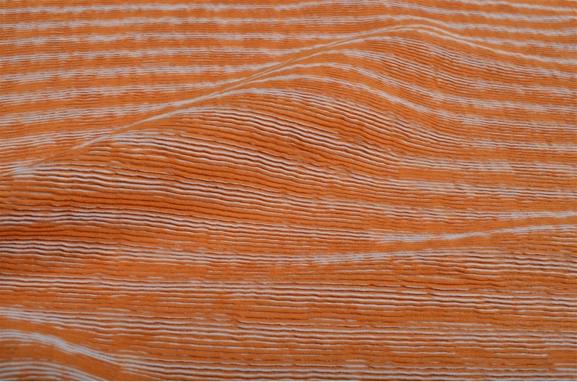 Tissu rayures en relief orange